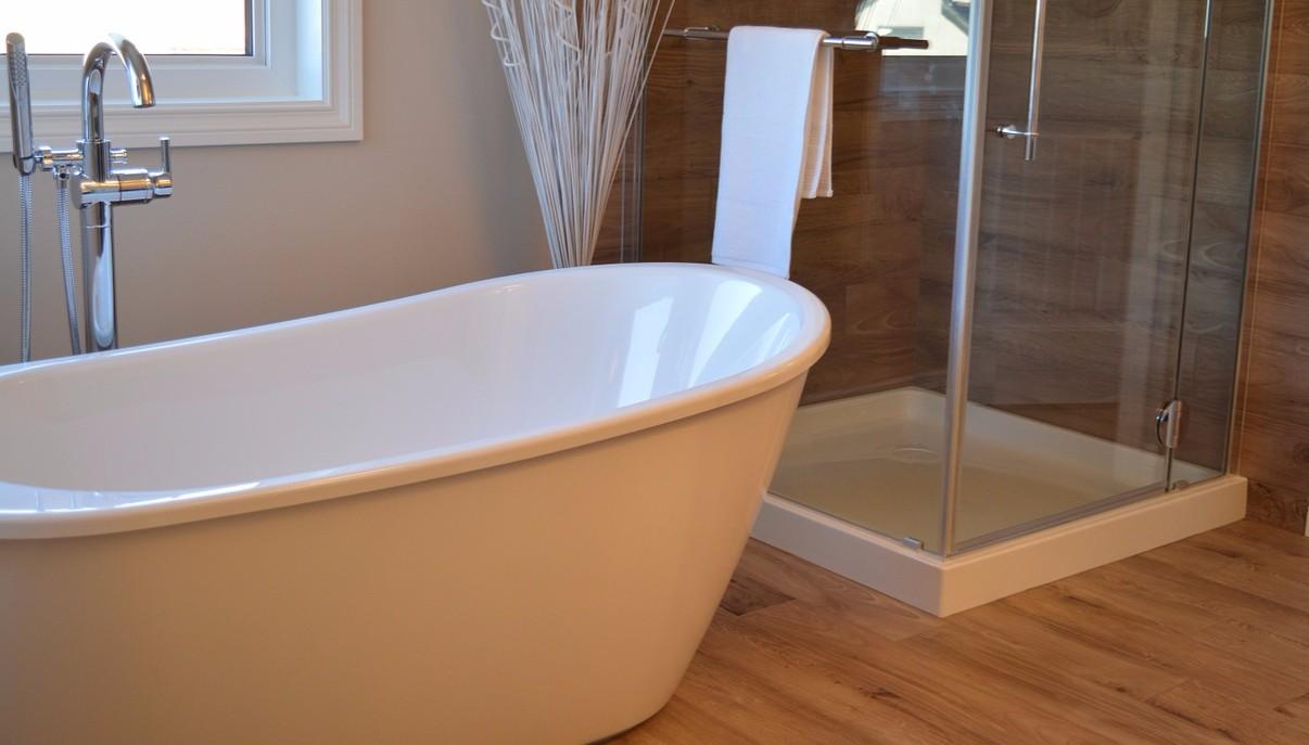 Bathtub refinishing materials 28 images bathtub for Types of bathtub materials